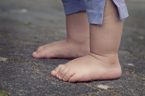 feet-619399__340