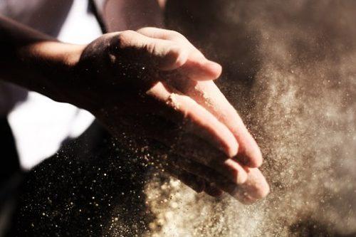 hands-731241__340