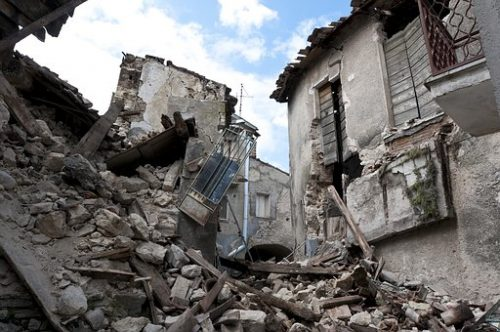 earthquake-1665870__340