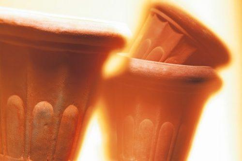 pots-398775__340
