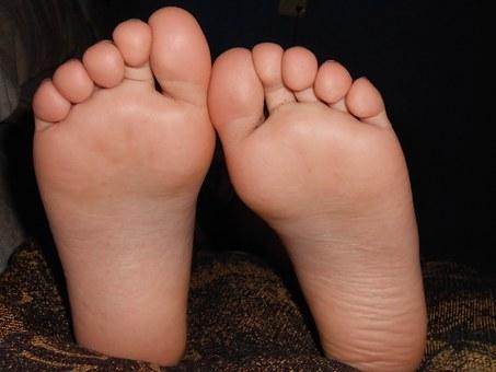 feet-179233__340