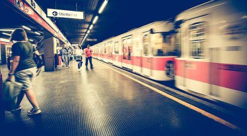 metro-1807913__340