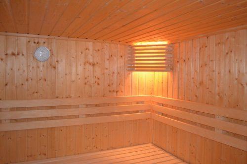 sauna-253938_960_720
