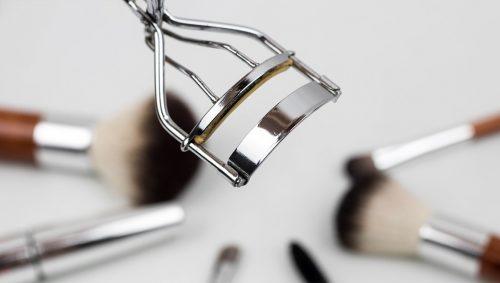 eyelash-curler-1761855_960_720