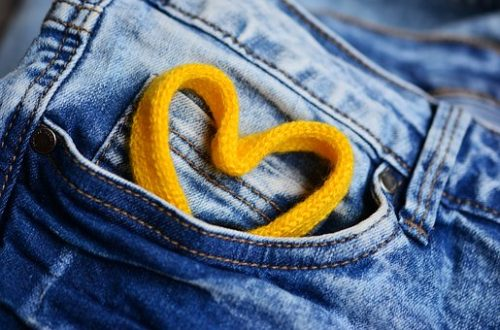 jeans-2324069__340